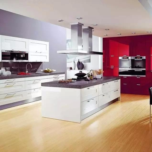 厨房地板油腻该怎么办?这些妙招送给你~